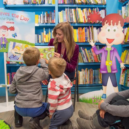 Dasha Book Reading_Beaches Martha's kids